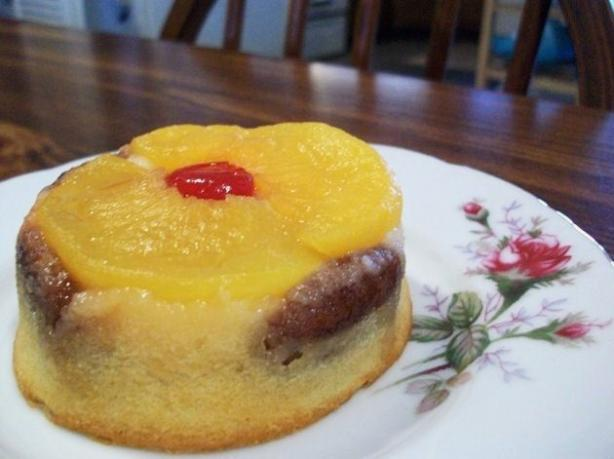 Peach Upside Down Cake. Photo by 2Bleu