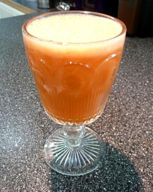 Get Moving Juice (Carrot, Apple and Ginger). Photo by Mikekey