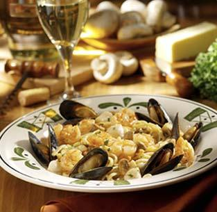 Copycat Olive Garden Seafood Portofino. Photo by Chef #1281146