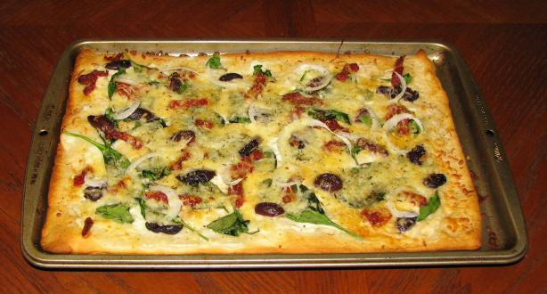 Rachael Ray's Vegeterranean Pizza. Photo by Lucky Clover