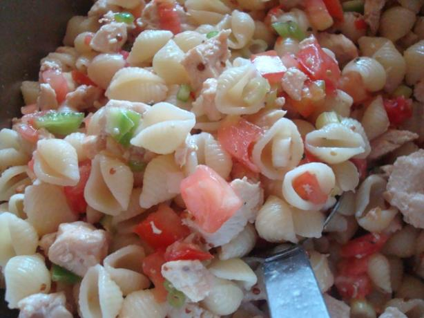 Chicken Pasta Salad. Photo by Mama_Jennie