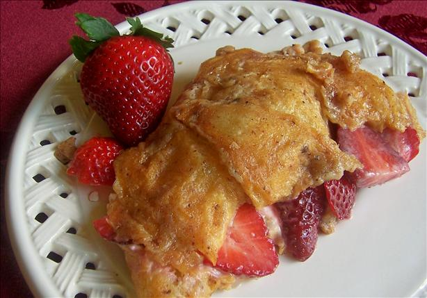 Strawberry Croissant French Toast. Photo by lazyme