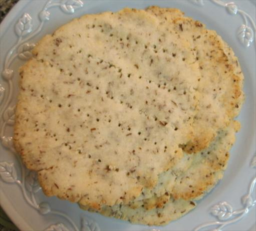 Mock Matzo / Gluten-Free Non-Gebrokts Matzah Crackers. Photo by What's Cooking?