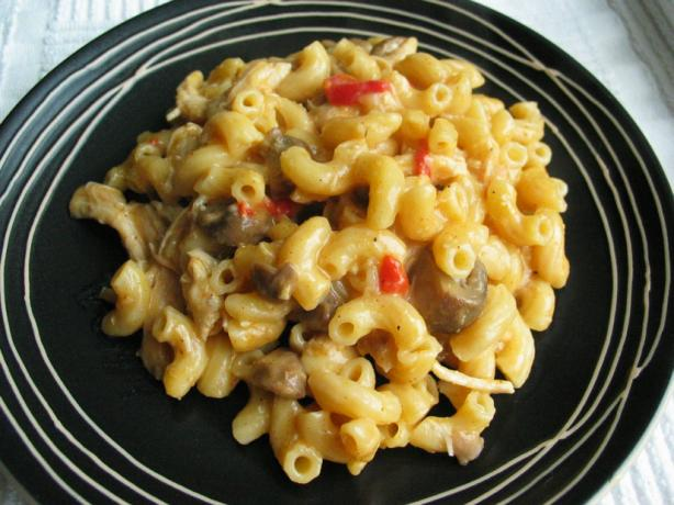Chicken Macaroni Casserole. Photo by flower7