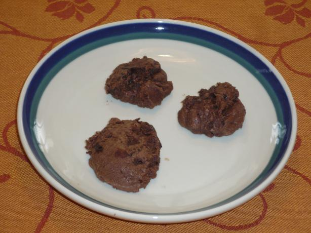 Gluten Free Chocolate Fudge Cookies. Photo by katii