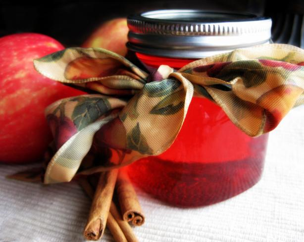 Candy Apple Jelly. Photo by *Huntergirl*