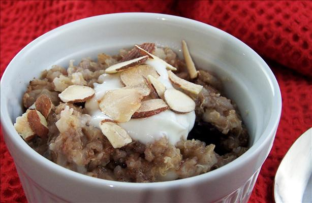 Quinoa and Barley Breakfast Porridge. Photo by PaulaG