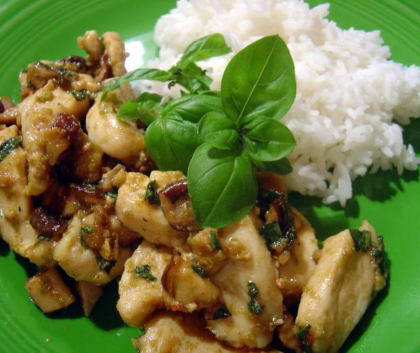 Thai Chicken With Basil. Photo by :(
