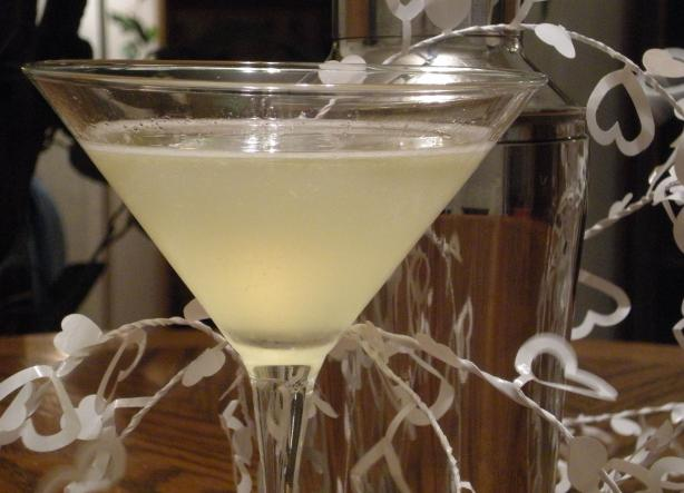 Wedding Cake Martini. Photo by Mama's Kitchen (Hope)