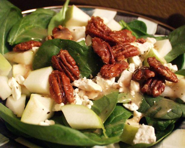 Spinach Salad With Caramelized Pecans. Photo by FLKeysJen