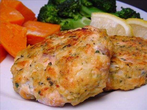 Salmon Cakes. Photo by Sharlene~W