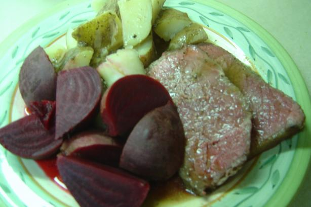 Shirley&#39;s Perfect Rare Roast Beef. Photo by Linda&#39;s Busy Kitchen