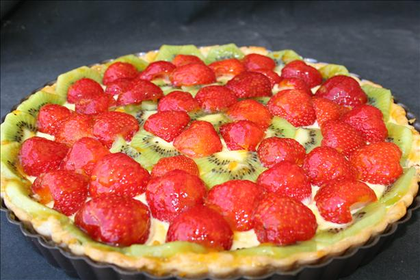 Strawberry Kiwi Tart/Tartlets. Photo by Kymmarie