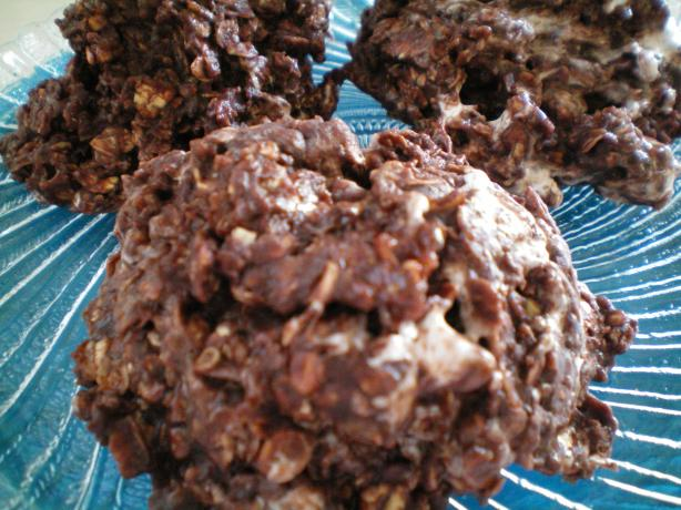 No Bake Rocky Road Cookies. Photo by CoffeeB