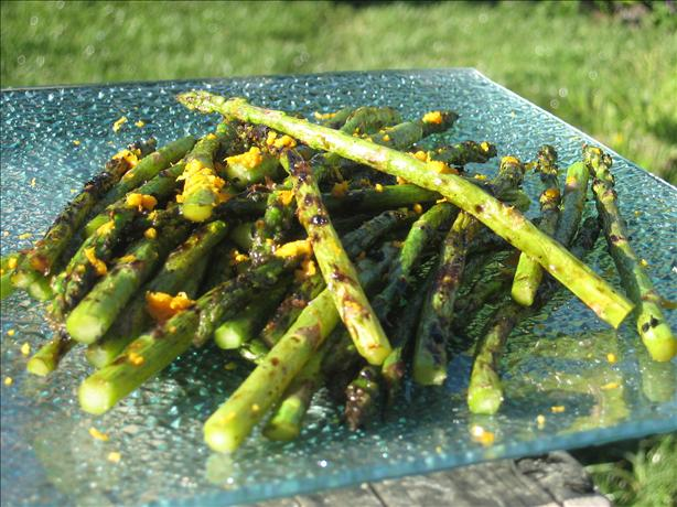 Sugar Grilled Asparagus. Photo by Charmie777