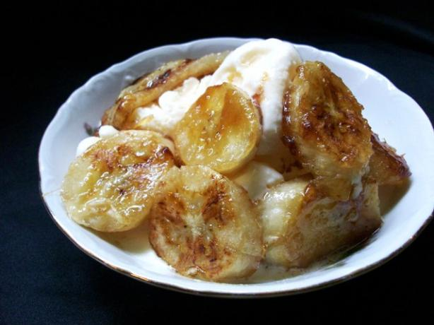 Easy Caramelized Bananas. Photo by 2Bleu