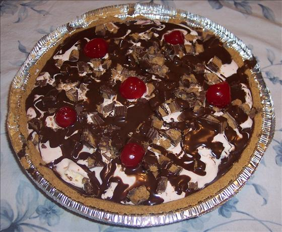 Chocolate Cherry Ice Cream Pie. Photo by looneytunesfan