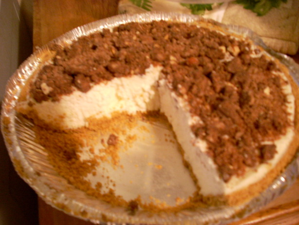 White Chocolate No-Bake Cheesecake Pie. Photo by Melvin'sWifey