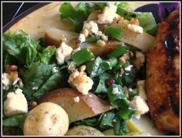 Blue Cheese and Pear Salad. Photo by Chef Decadent1