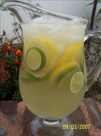 White Sangria. Photo by Mommy Diva
