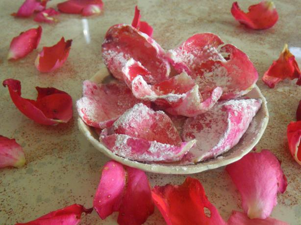 Homemade Crystallised Rose Petals. Photo by awalde
