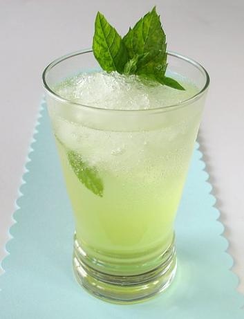 Mint Limonada. Photo by Calee