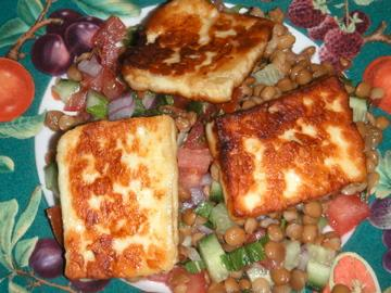 Halloumi and Lentil Salad. Photo by Leggy Peggy