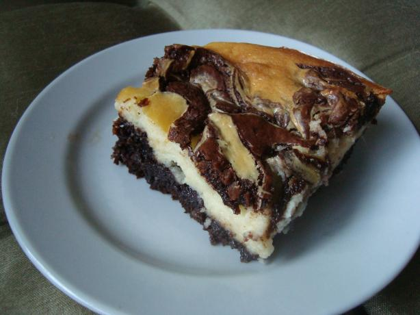 Buttercream Barbie: Cheesecake Swirl Brownies