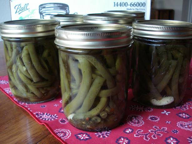 Pickled Green Beans (Dilly Beans). Photo by Pam-I-Am