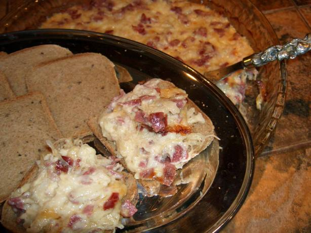 Sauerkraut Dip. Photo by mersaydees