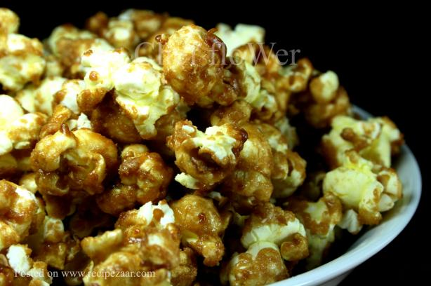 Caramel Popcorn  - No Bake  - Yummo!. Photo by Chef floWer