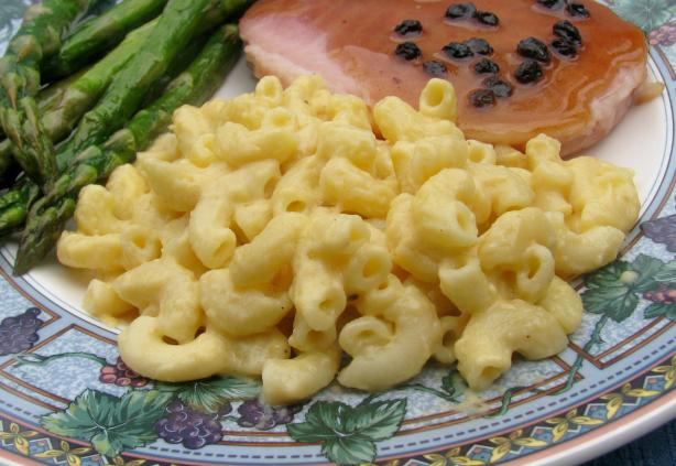 Super Creamy and Cheesy Mac and Cheese. Photo by lazyme