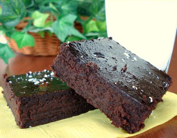 Black Bean Brownies (Gluten Free). Photo by Marg (CaymanDesigns)