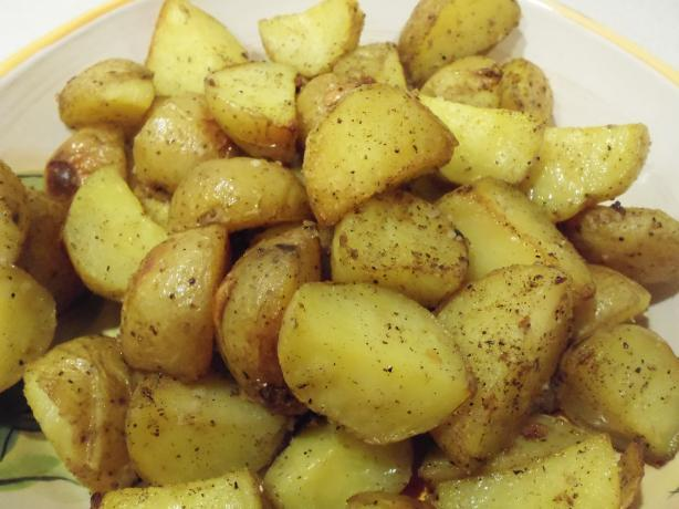 Roasted Potatoes With Sage and Lemon. Photo by AZPARZYCH