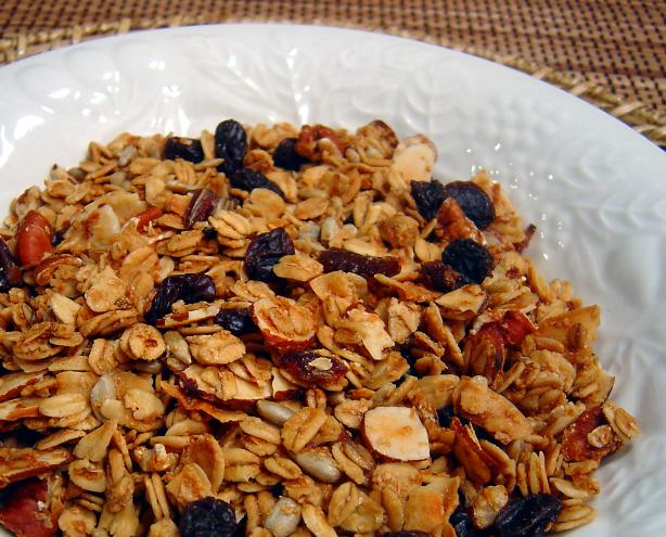 Maple Granola. Photo by :(