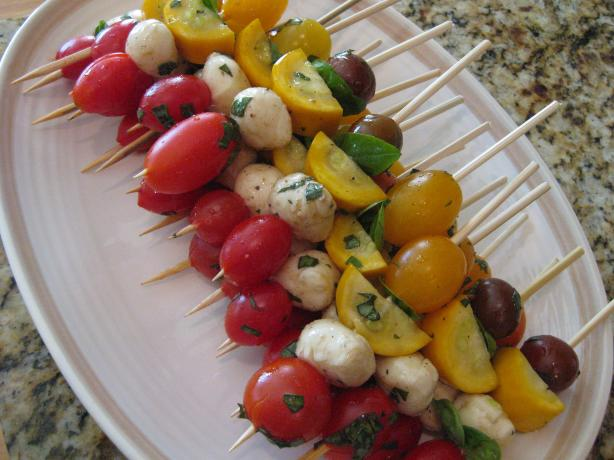 Fresh Caprese Vegetable Kabobs. Photo by carolinajen4