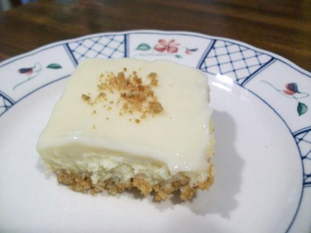 2bleu's Key Lime Pie Bars. Photo by 2Bleu