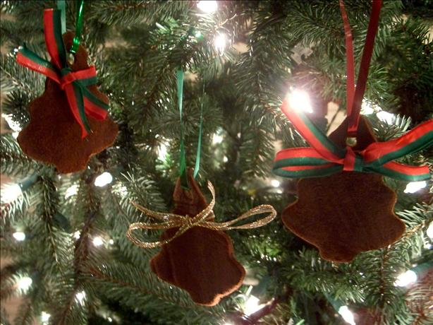 Cinnamon Applesauce Ornaments. Photo by Marsha D.