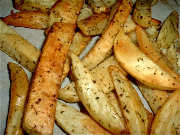Easy Fat-Free Seasoned French Fries. Photo by Bergy