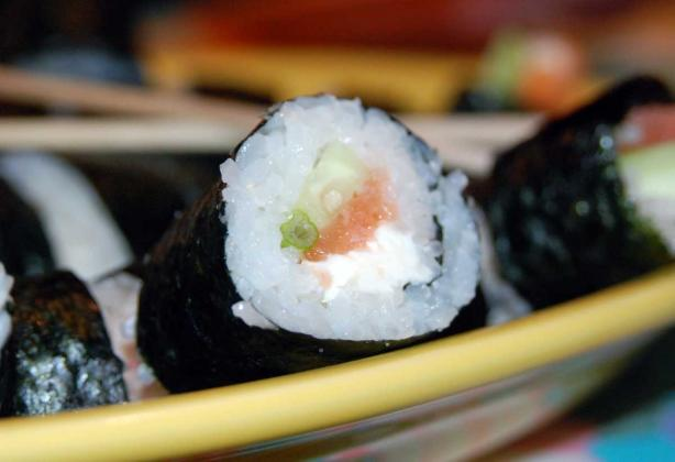 How to Make and  Roll Sushi. Photo by appleydapply