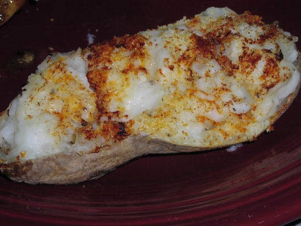 Weight Watchers Twice Baked Garlic Potatoes. Photo by TeresaS