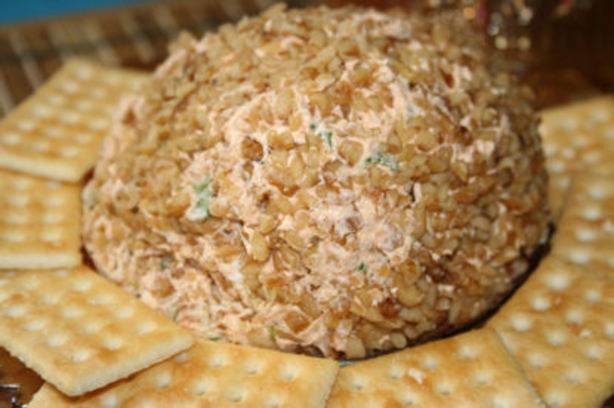 My Sister's Spicy Cheese Ball. Photo by ~Nimz~