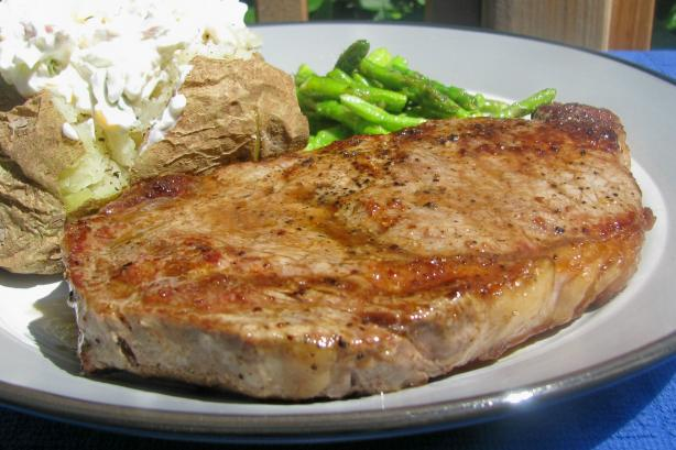 Pan Seared Steak (From Alton Brown). Photo by lazyme