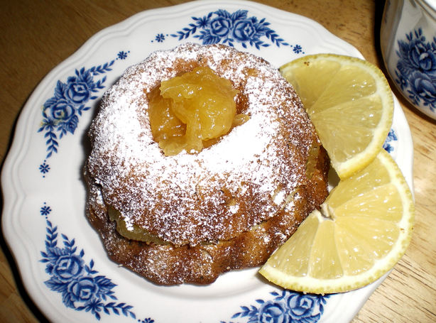 Earl Grey Pound Cake With Lemon Curd. Photo by Julie B's Hive