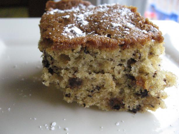 Cinnamon Banana Chocolate Chip Cake. Photo by scancan