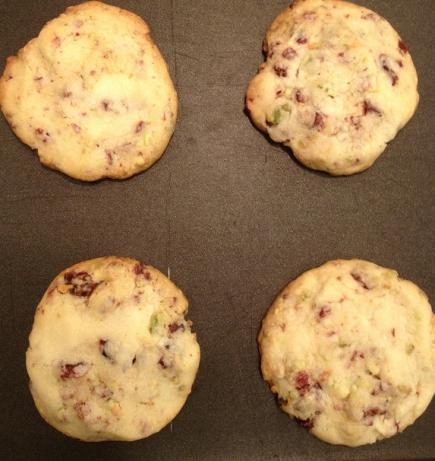 Cranberry Lime Pistachio Shortbread Cookies. Photo by harasp