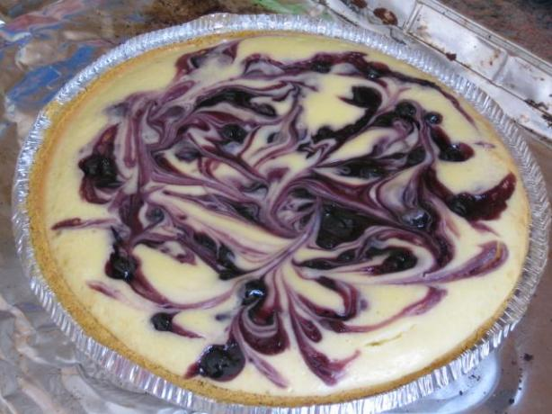 Blueberry Swirl Cheesecake. Photo by brokenburner