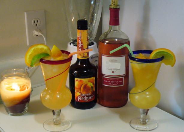 White Peach Sangria. Photo by BrandieB