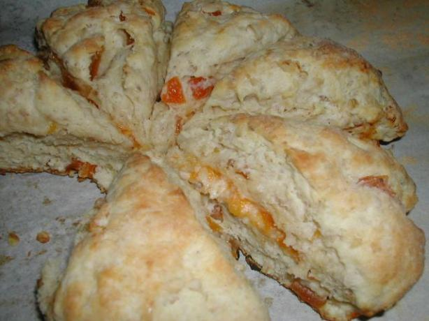 Farmhouse Bed and Breakfast Apricot Scones. Photo by MarraMamba