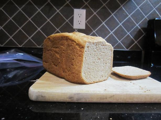 Spelt Bread (Bread Machine). Photo by Farzana
